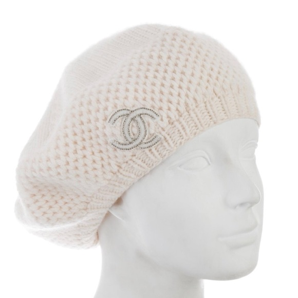 23f9794bee6 CHANEL Accessories - Chanel cream colored beret